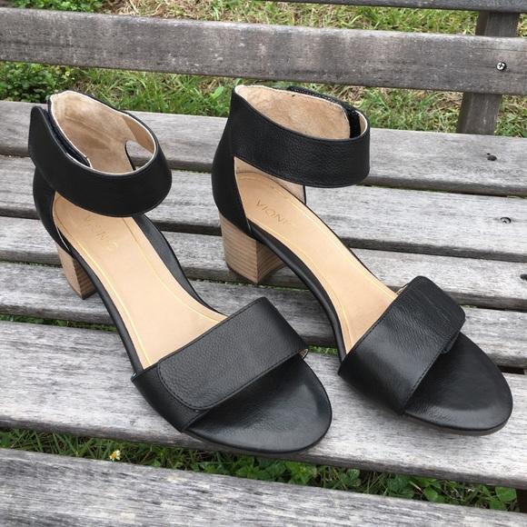 aec8923fb3be Vionic Black Solana heels women s size 8.5. M 5a5a232d3afbbd3cc9e46ad7